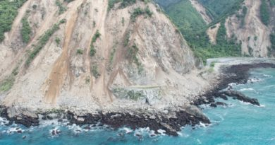 new-zealand-quake-rockfalls-2016