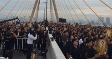 event-on-hm-the-late-kings-birth-anniversary-at-bhumibol-bridge-1