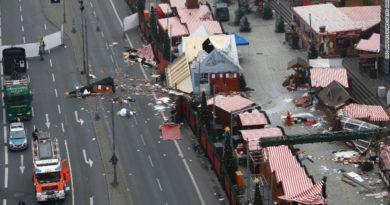 scene-of-the-christmas-market-attack-in-berlin