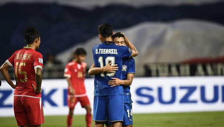 thai-team-happy-after-scoring-goal-against-myanmar-december-2016-afp