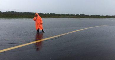 nakhon-si-thammarat-airport-flooded