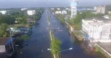 nakhon-si-thammarat-highway-flooded