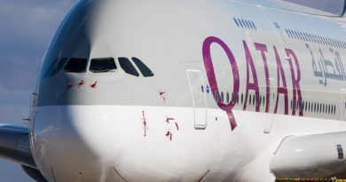 A Qatar Airways jet