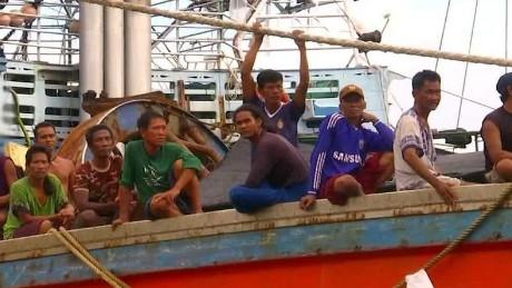 Fishermen on Thai fishing boat
