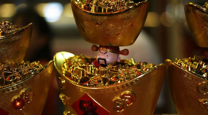 Gold ingot and Chinese god of prosperity
