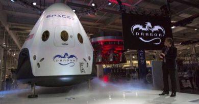 SpaceX spaceship