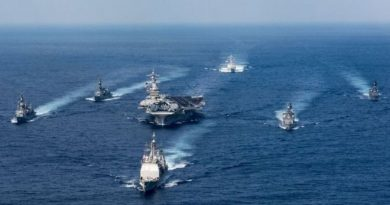 US warships sailing close to North Korea