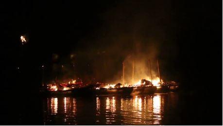 Kanchanaburi raft houses ablaze