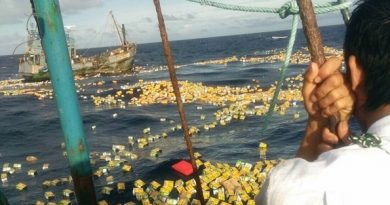 Myanmar cargo boat sinks, cargo scattered in sea