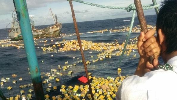 Myanmar cargo boat sinks, cargo scattered in sea