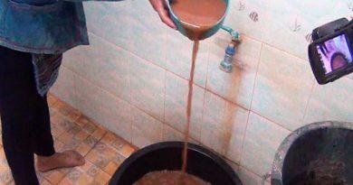 Lampang muddy tap water