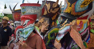 Phi Ta Khon new two