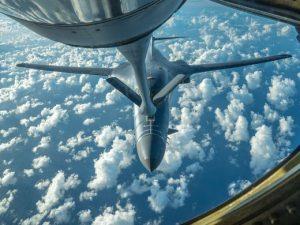 Refueling bomber