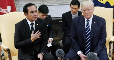 Trump and Prayut.jpgresized