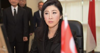 Yingluck resized