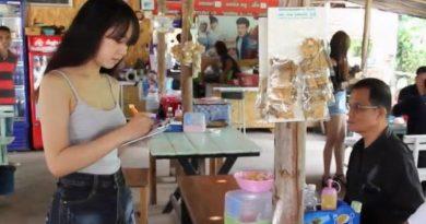 Models at Khon Kaen noodle shop