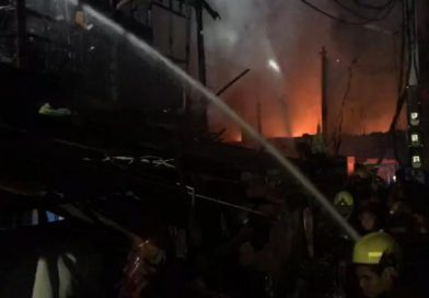 Fire guts 8 houses in Sathorn area