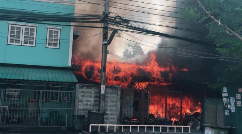 Fire Sukhumvit soi 50