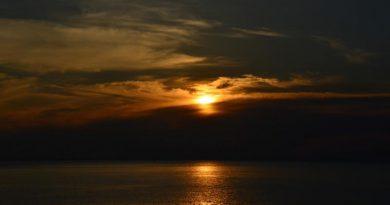 Lanta island sunset