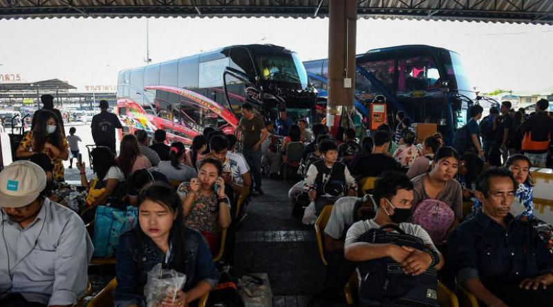 Songkran bus travelers