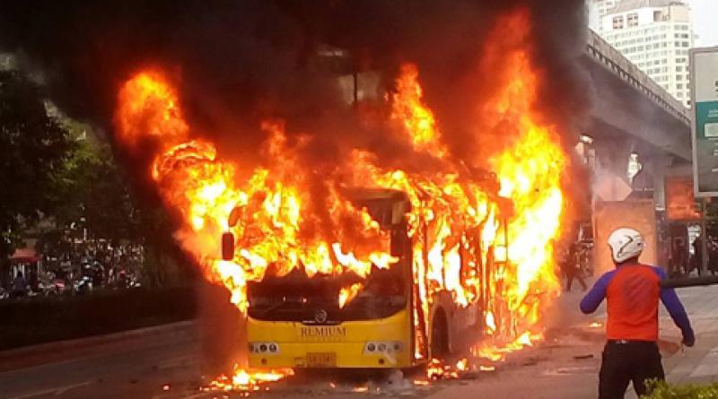 Bus fire Sukhumvit