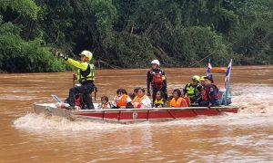 Lao flooding (1)