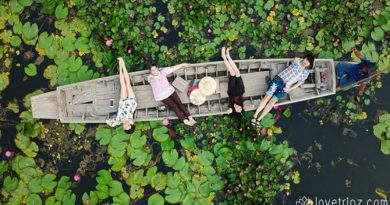 Red Lotus Floating Market