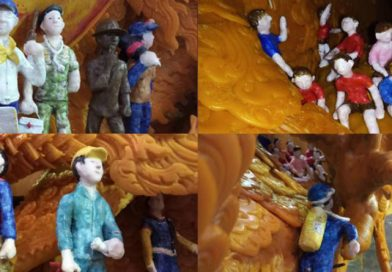 Cave rescue depicted in Khao Phansa candle carving