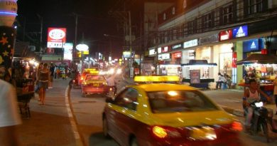 Chaweng Beach road, Koh Samui