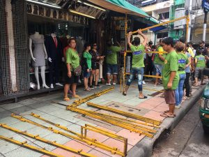 Khao San road cleaning (1)