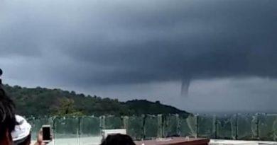 sea tornado