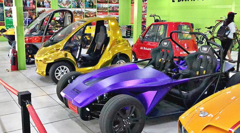 Nong Nooch car showroom