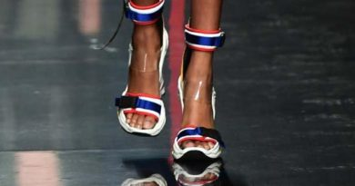 Dsquared2 shoes annoyed Thais