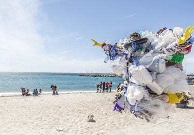 There will be no plastic bags used on December 4th