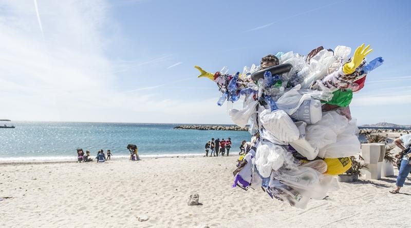 trash-plastic