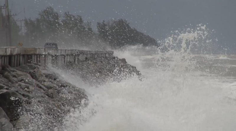 Storm warning in East and South regions