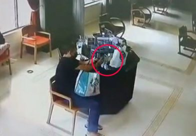 Man steals tip box from cafe run by disabled persons.